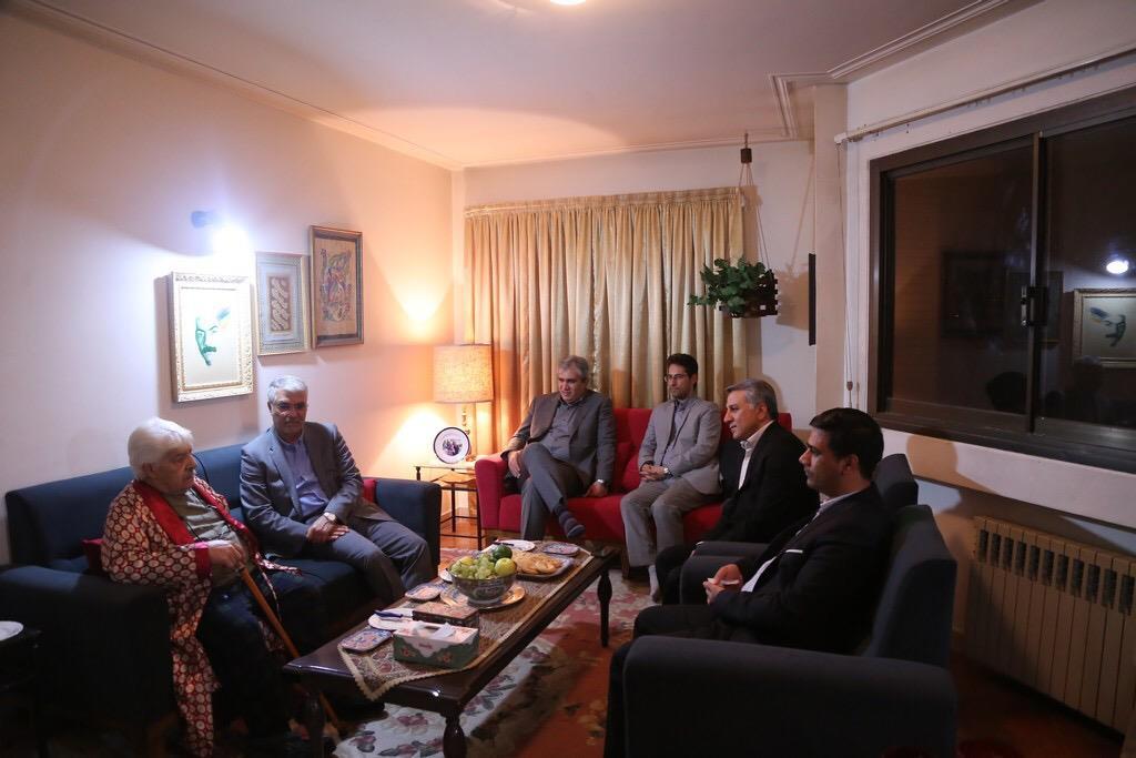 استاندار فارس در دیدار با دو نویسنده، حافظ پژوه و شاعر استان