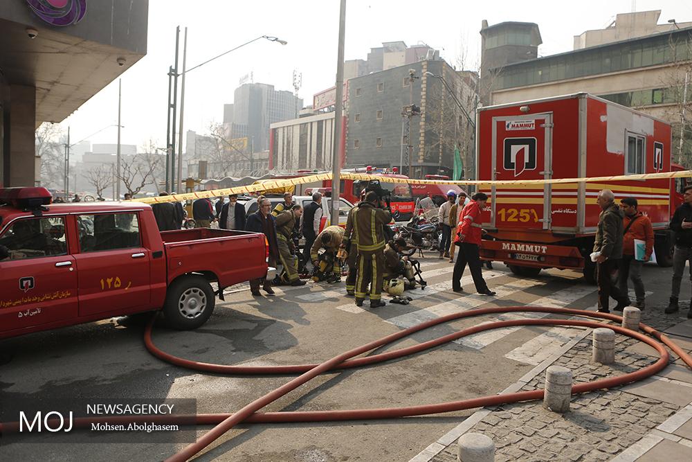 ریزش ساختمان برق وزارت نیرو