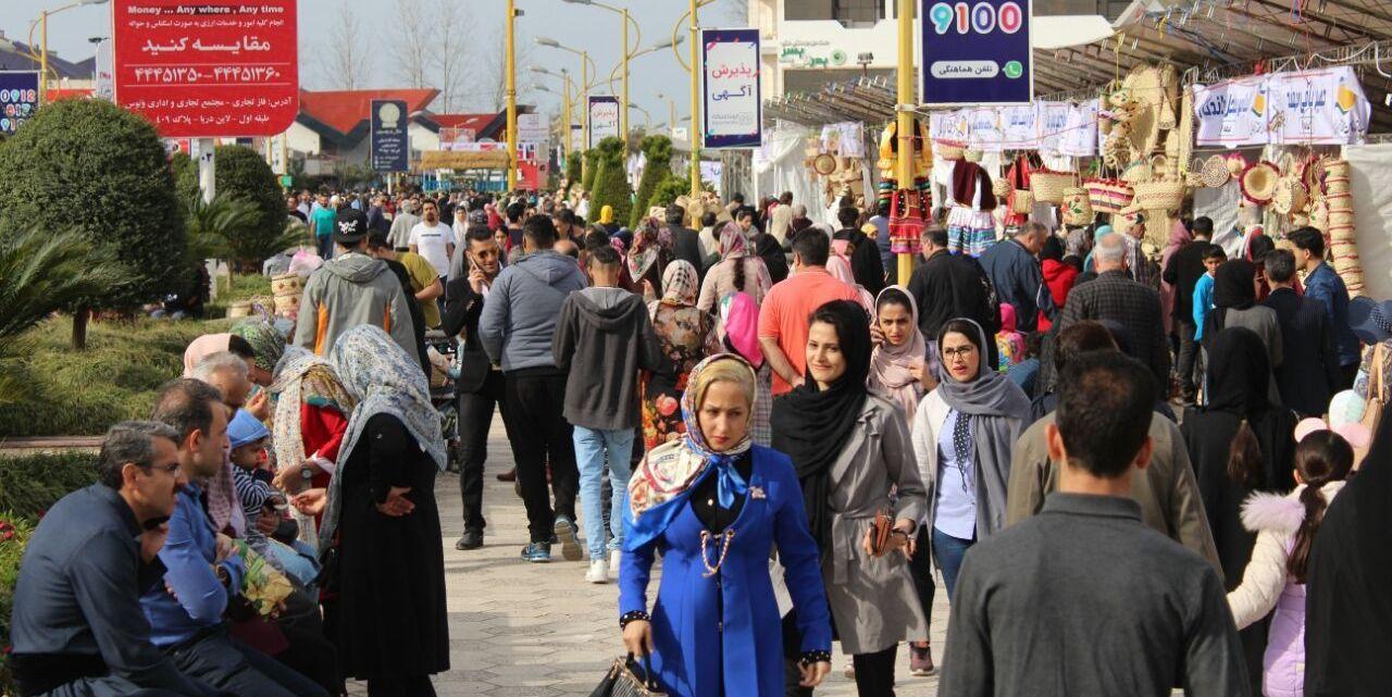 بازار صنایع دستی در منطقه ازاد انزلی