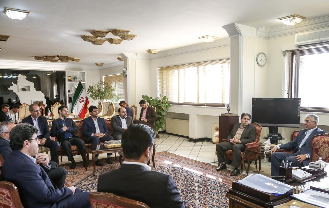 استاندار فارس در دیدار مدیر عامل سازمان بیمه سلامت ایران