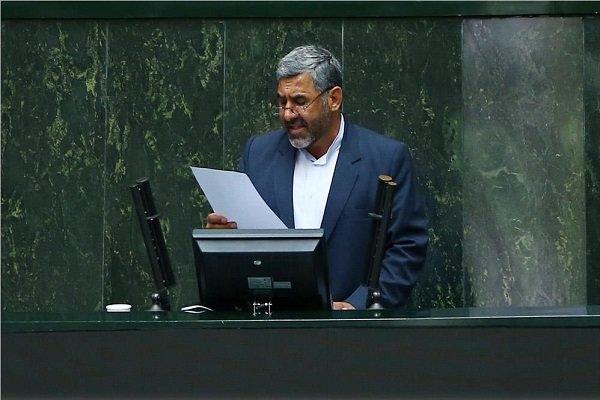 نظر کاتب درباره زمان حضور رییس جمهور در مجلس