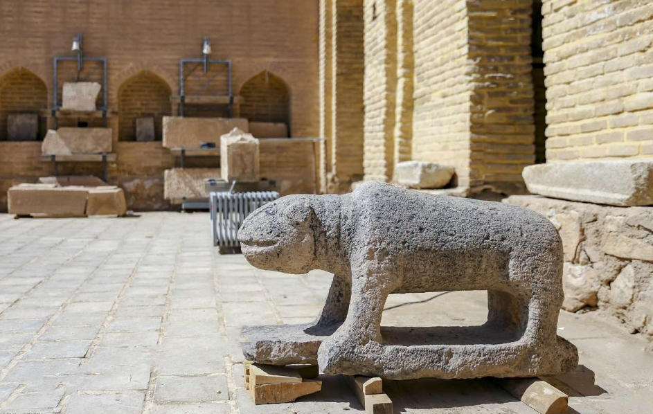 موزه کاشی و سنگ1