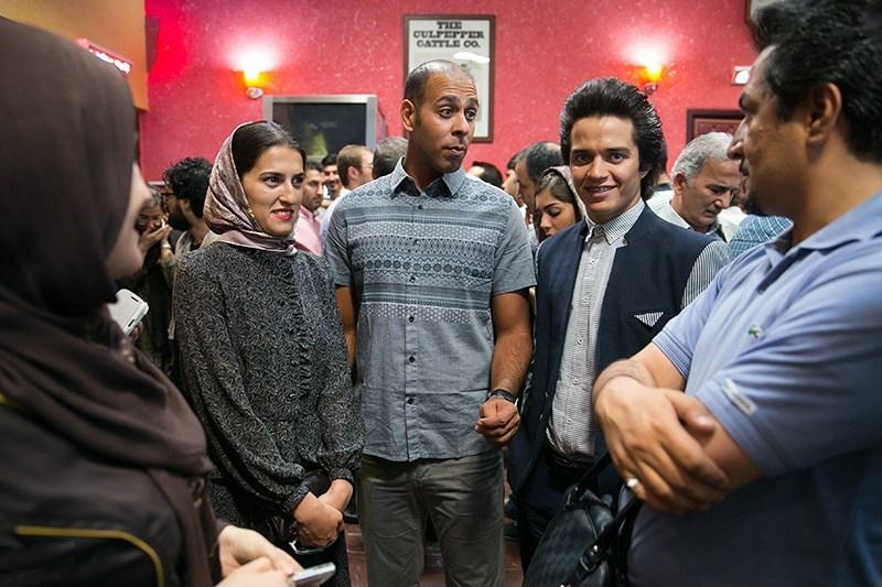 2مهسا احمدی و ارشا اقدسی در اکران خصوصی فیلم سینمایی آرایش غلیظ