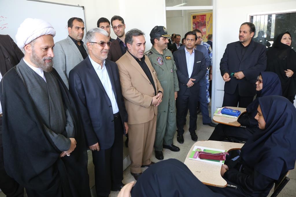 استاندار فارس در آیین بازگشایی مدارس