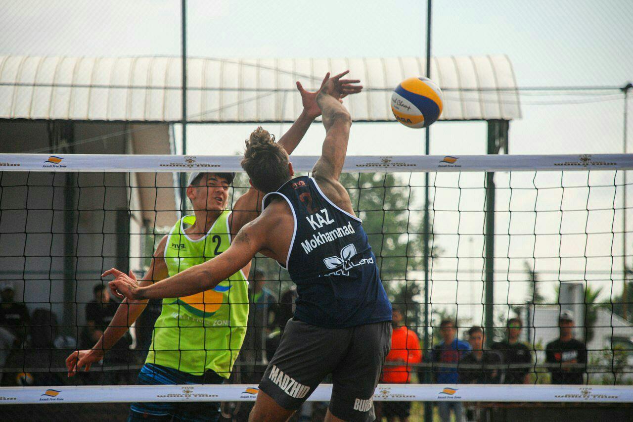 تور جهانی والیبال +ساحلی منطقه ازدانزلی