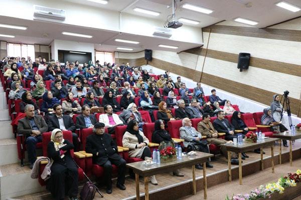 اختتامیه-اولین-دوره-جایزه-ادبی-بیژن-نجدی-در-لاهیجان-4