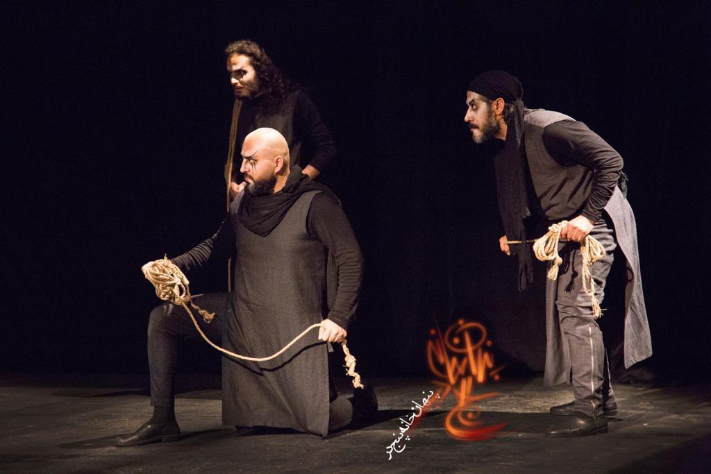 نمایش پنهان خانه پنج در به کارگردانی آرش فلاحت پیشه