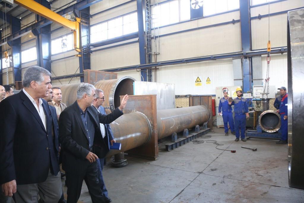 استاندار فارس در بازدید از شرکت شیراز سرم و مجتمع صنعتی کولر هوایی آبان