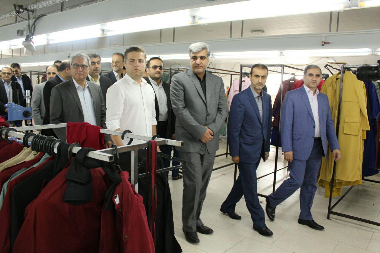 افتتاح یک واحد تولیدی پوشاک با حضور استاندار گیلان