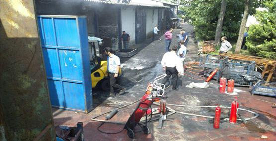 رشت-آتش سوزی +کارخانه لاستیک