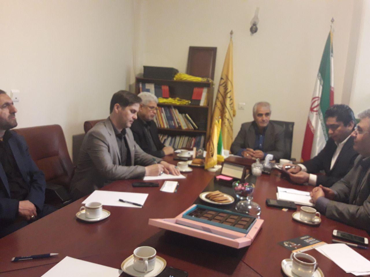 نشست با انجمن های +دوستی ایران و جهان