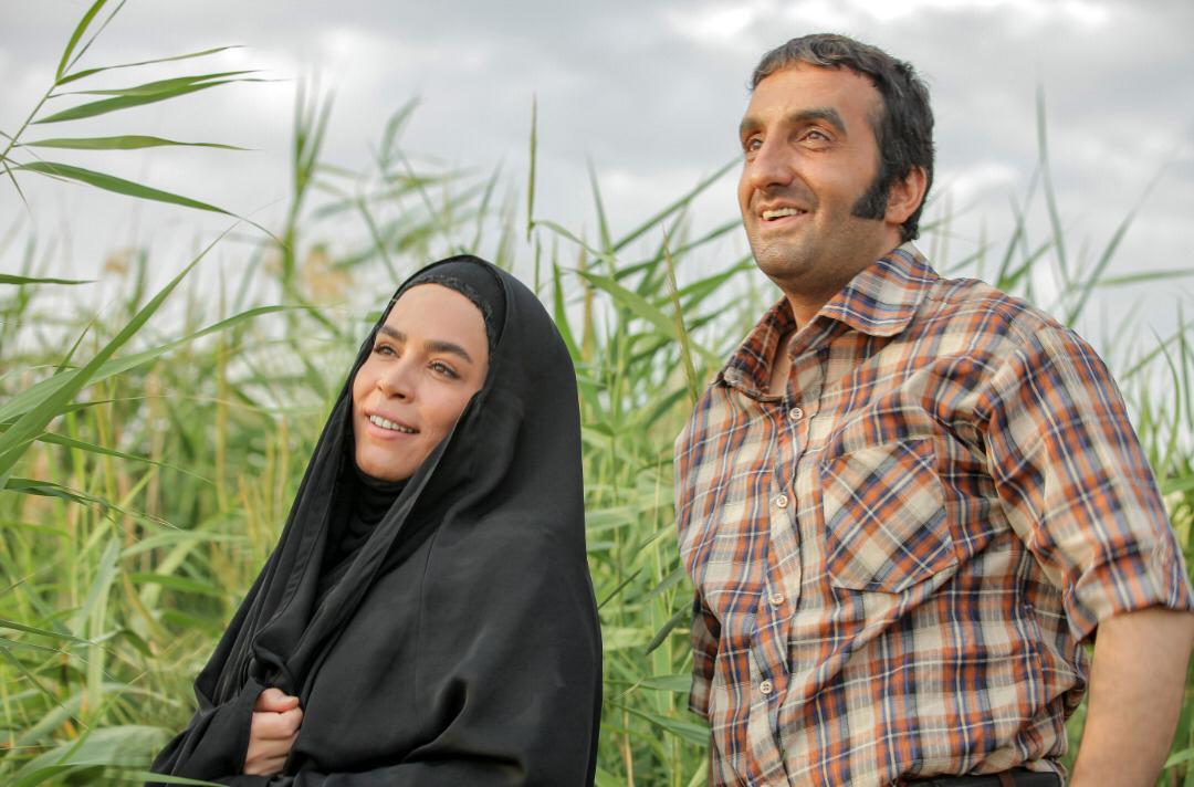 مصطفی ساسانی و ملیکا شریفی نیا در سریال نجلا