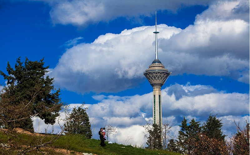شاخص کیفیت هوای تهران در 7 بهمن