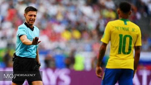 جام جهانی فوتبال - دیدار تیم های برزیل و مکزیک