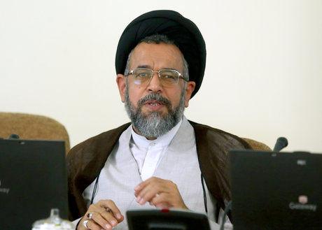 تاکید وزیر اطلاعات بر گرهگشایی از مشکلات اقتصادی