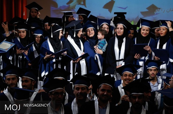 نخستین دانش آموخته دکترای «آب و هواشناسی» دانشگاه یزد از پایاننامه خود دفاع کرد