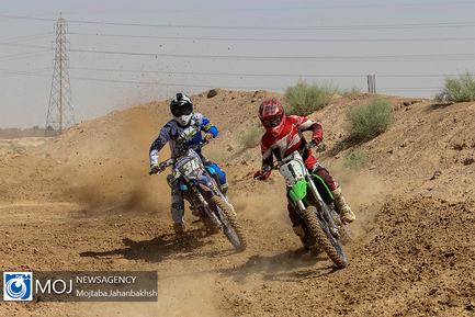 مسابقه موتور کراس قهرمانی استان اصفهان