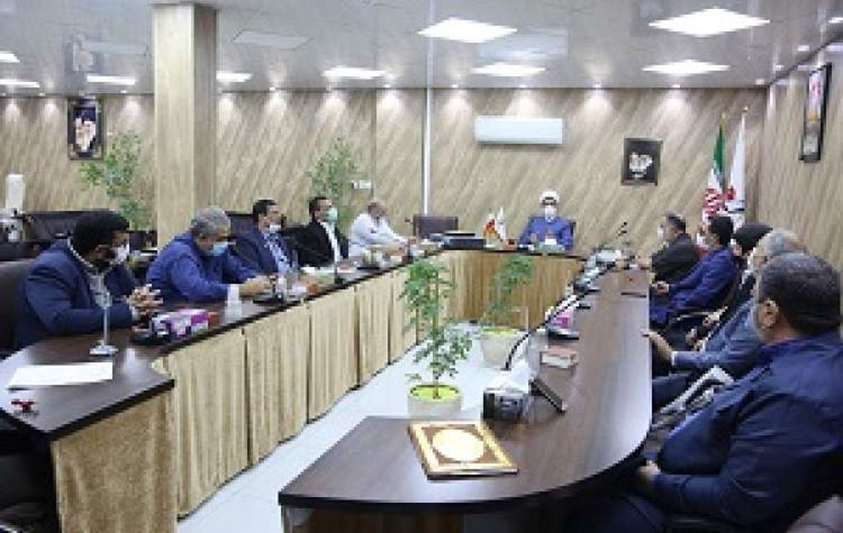 نشست مدیرکل بنیاد شهید و امور ایثارگران با تشکل جانبازان و نخبگان استان قم
