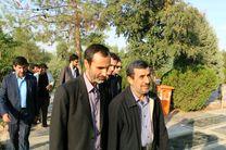 احمدینژاد در مرقد امام خمینی حضور یافت