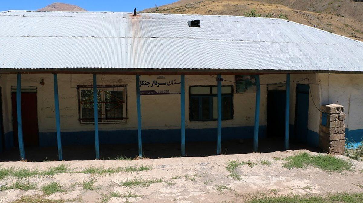 مقاوم سازی دبستان سردار جنگل روستای نارنه