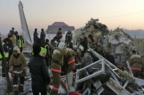 سقوط هواپیمای مسافربری با ۱۰۰ سرنشین در قزاقستان