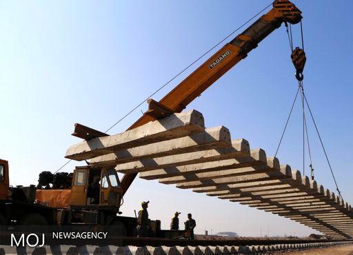 استاندار گیلان از روند ساخت راه آهن رشت - انزلی بازدید کرد