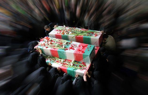 تشییع پیکرهای مطهر ۵ شهید مدافع حرم در قم