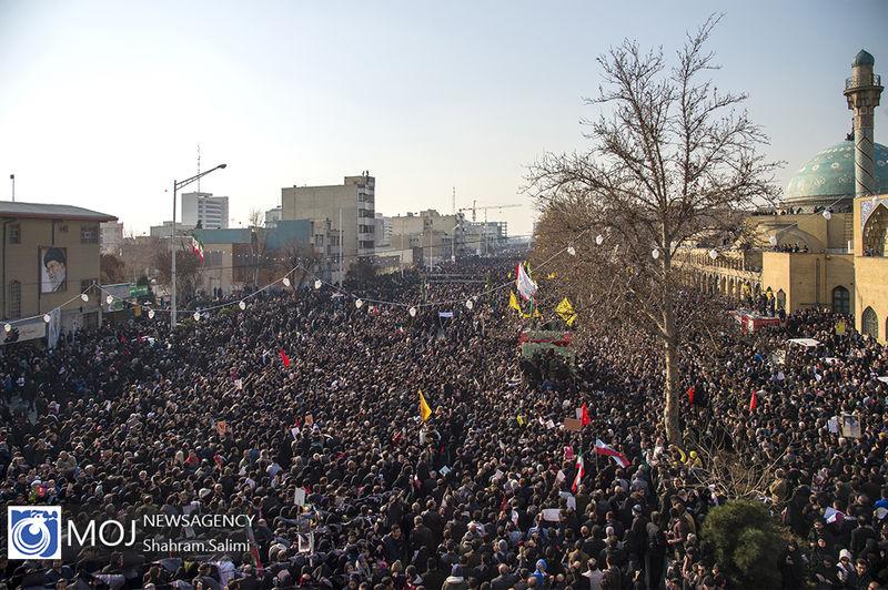 فوت تعدادی از هموطنان کرمانی در مراسم تشییع سردار قاسم سلیمانی
