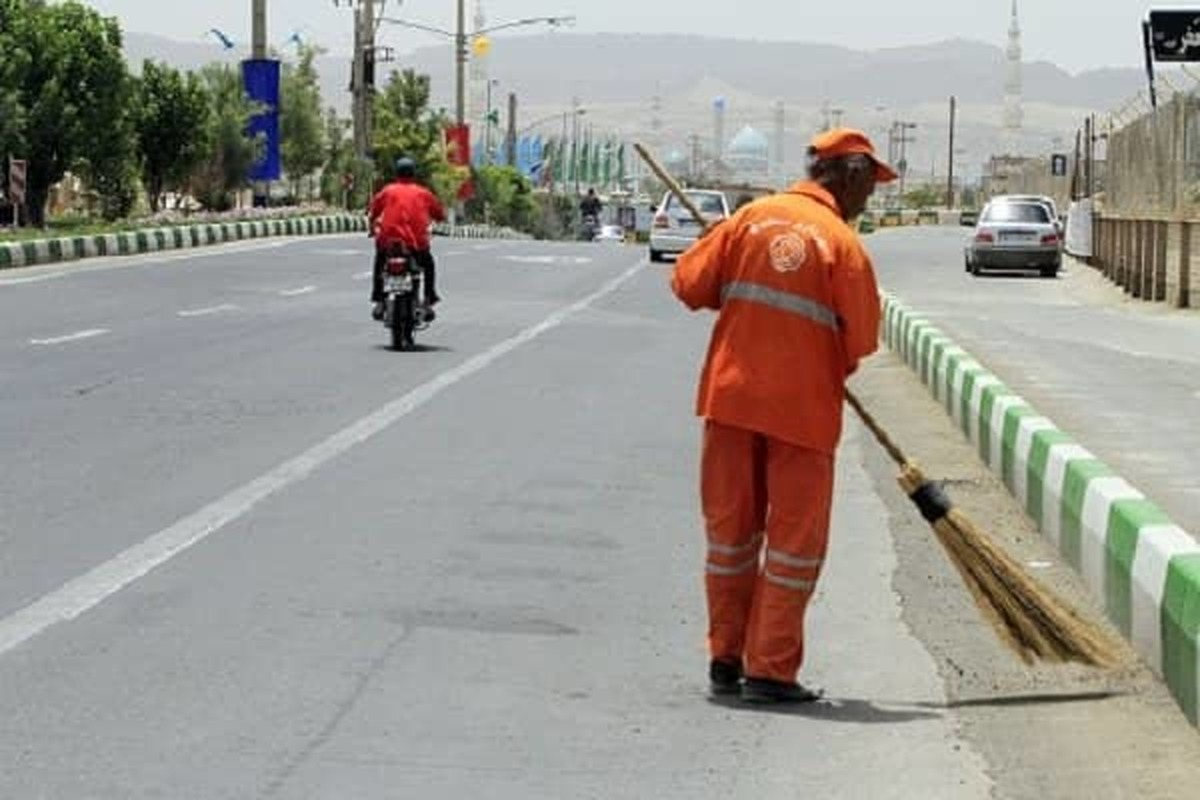 نظافت روزانه بیش از ۲ میلیون مترمربع سطح منطقه ۲