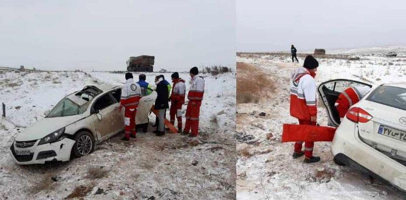 امدادرسانی هلال احمر به بیش از 490 حادثه دیده ناشی از برف و کولاک در اصفهان