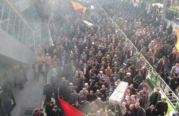پیکرهای سه شهید گمنام در گرگان تشییع شدند