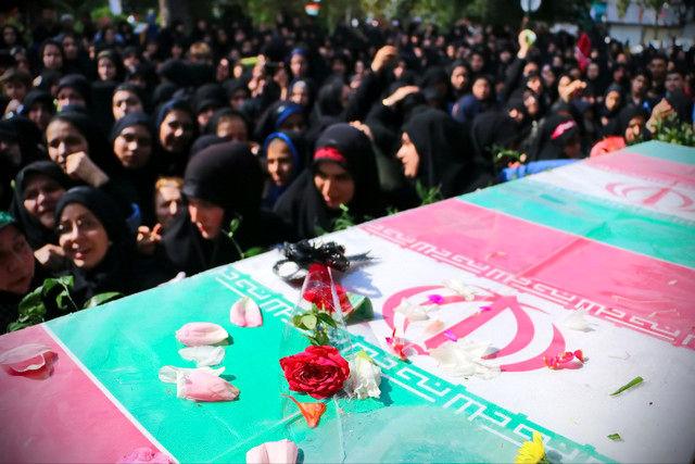 تشییع پیکر 9 شهید گمنام دوران دفاع مقدس، 26 شهریور ماه در کرمانشاه