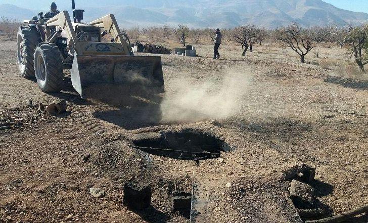 تخریب 50 حلقه چاه غیر مجاز در نجف آباد