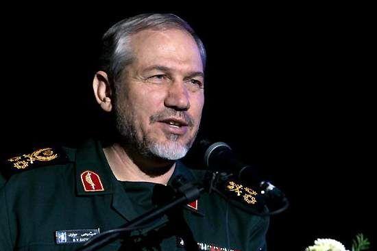 سرلشکر صفوی درگذشت احمد احمدی را تسلیت گفت