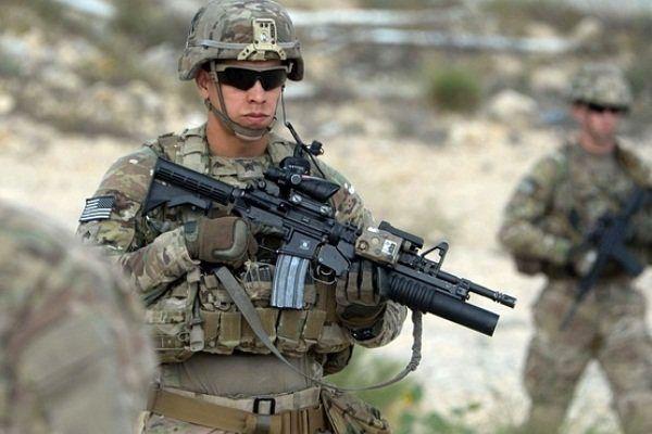 ۳ نظامی آمریکایی با شلیک سرباز افغانستانی زخمی شدند