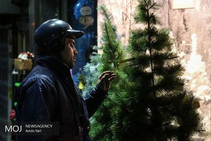 حال+و+هوای+محله_های+مسیحی_نشین+تهران+در+شب+کریسمس