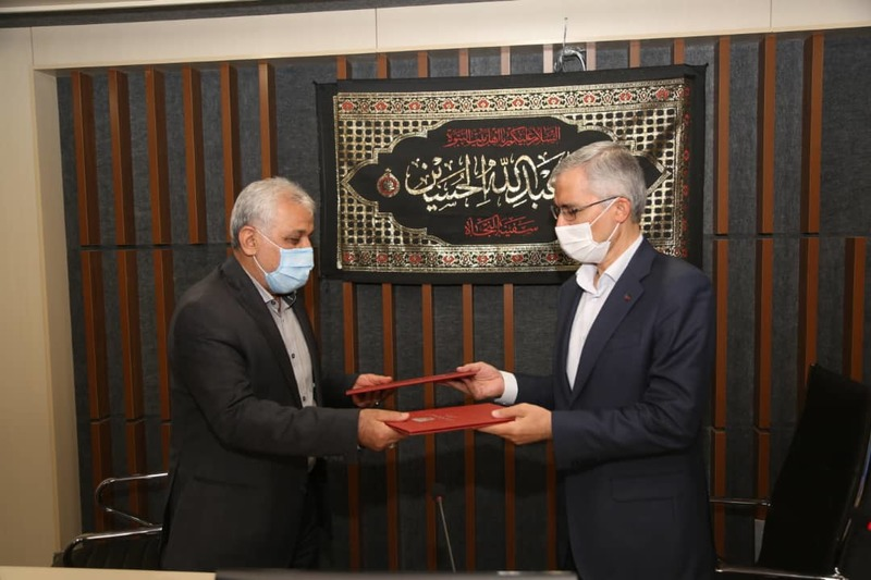ذوب آهن اصفهان و دانشگاه صنعتی مالک اشتر تفاهمنامه همکاری امضا کردند