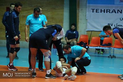 دیدار تیم های والیبال پیکان و شهرداری گنبد