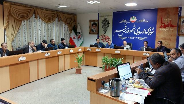 تصویب لایحه حق السهم مجریان نرم افزار تاکسی اینترنتی قم