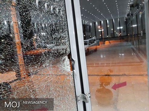 تیراندازی در شهرک صنوف قاضی/سرنشینان یک خودرو 17 گلوله به یک واحد صنفی شلیک کردند