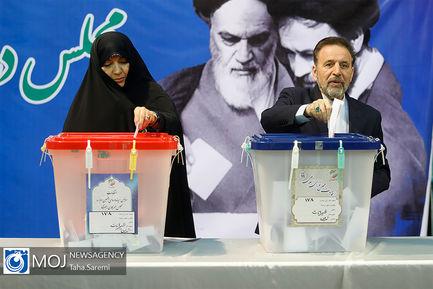 انتخابات+یازدهمین+دوره+مجلس+شورای+اسلامی+در+حسینیه+جماران