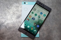 تنها گوشی ابری جهان را ۲۰۰ دلار بخرید