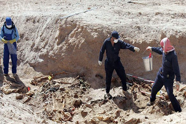 کشف گور دسته جمعی بیش از ۱۵۰۰ جسد  در شهر الرقه