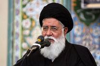 عاشورای حسینی رویارویی دو جریان حق و باطل بود