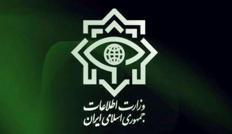 جاعل مهر و اسناد رسمی دفتر مقام معظم رهبری دستگیر شدند