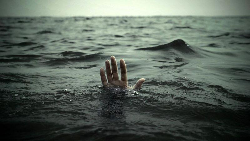 نجات ۴ نفر از غرق شدن در آبهای قشم