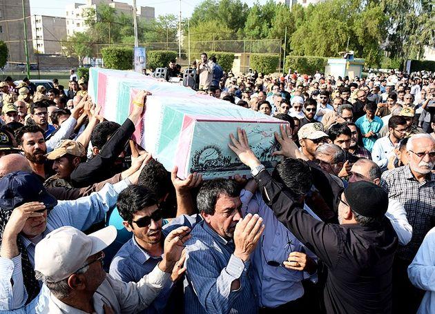 ۱۳ شهید گمنام در خوزستان تشییع شدند