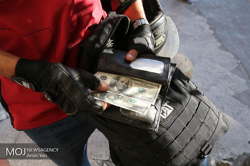 قیمت دلار امروز 16 اسفند 4775 تومان شد