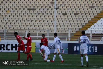 دیدار تیم های فوتبال تراکتورسازی ایران و الغرافه قطر