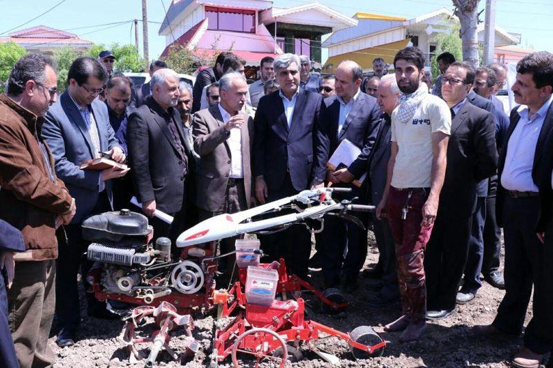 آغاز مکانیزه کشت بادام زمینی برای اولین بار در استان گیلان